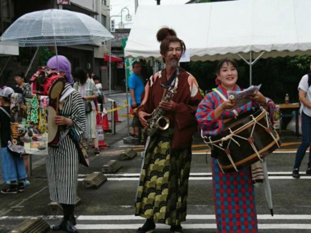 鳴海ここよい祭りに三ヶ根宣伝社